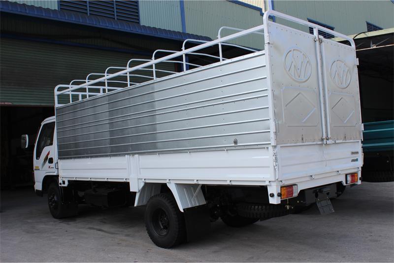 Xe tải Chiến Thắng 3.45 tấn thùng khung mui
